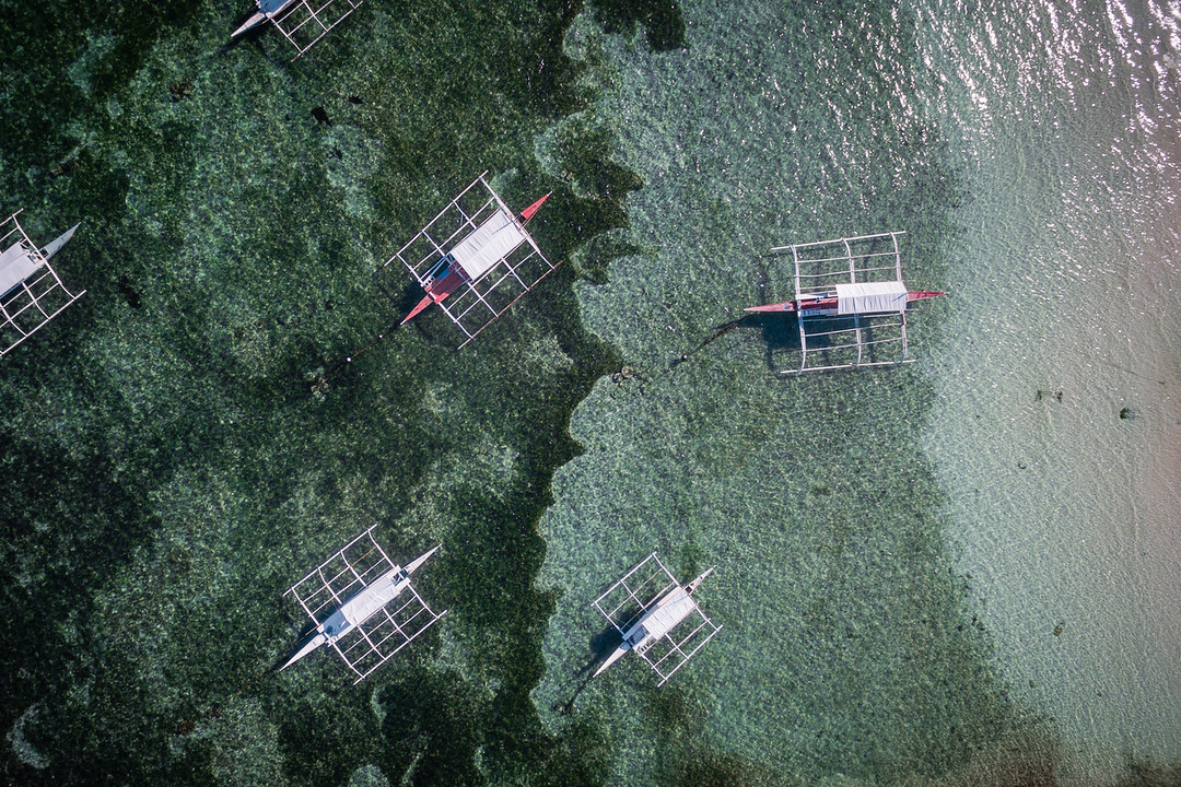 Birds eye view on the boats